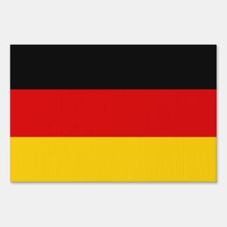 Muestra de la yarda con la bandera de Alemania