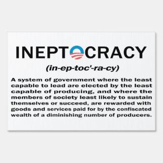Muestra de la yarda de Ineptocracy Cartel