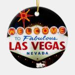 Muestra de Las Vegas en el ornamento de la noche Adorno Navideño Redondo De Cerámica