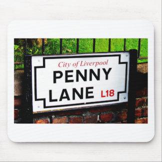 muestra de Liverpool Inglaterra del carril del pen Alfombrillas De Ratones