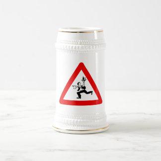 Muestra de los camareros de la atención, Austria Jarra De Cerveza