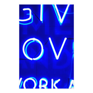 Muestra de neón azul del amor papeleria