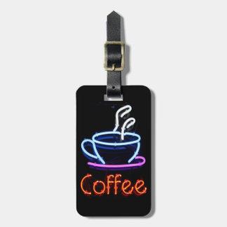 Muestra de neón del café etiquetas bolsa
