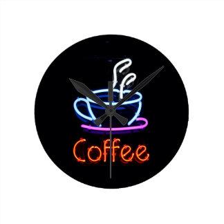 Muestra de neón del café reloj redondo mediano