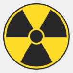 Muestra de peligro de radiación pegatina redonda
