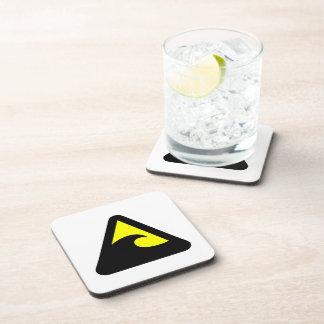 Muestra de peligro del tsunami posavasos de bebidas