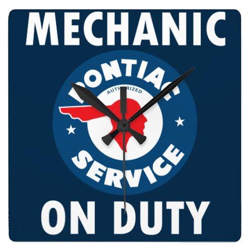 Muestra de servicio del mecánico. Versión del Reloj Cuadrado