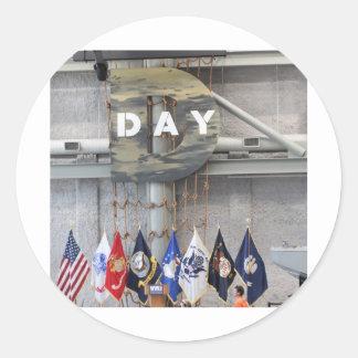 Muestra del día D de WWII Pegatina Redonda