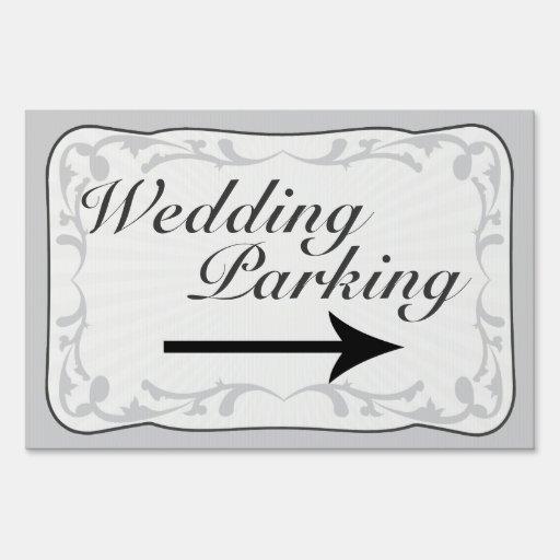 Muestra del estacionamiento del boda, flecha direc