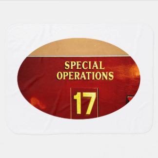 muestra del firetruck 17 de las operaciones mantas de bebé
