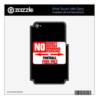 Muestra del fútbol del estacionamiento prohibido calcomanía para iPod touch 4G