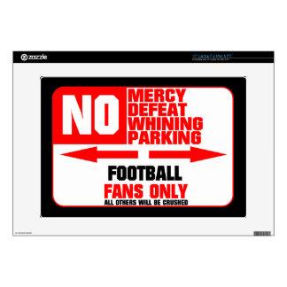 Muestra del fútbol del estacionamiento prohibido skins para portátiles