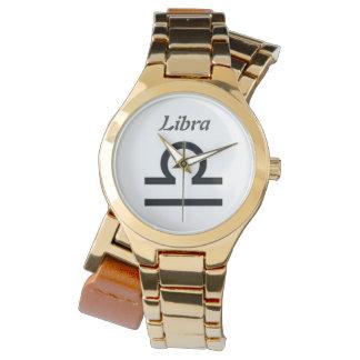 Muestra del libra del zodiaco. Relojes de señoras