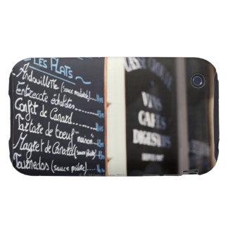 Muestra del menú fuera de un café en Burdeos, Funda Resistente Para iPhone 3
