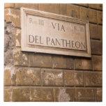 Muestra del panteón, Roma, Italia 2 Azulejo Cuadrado Grande