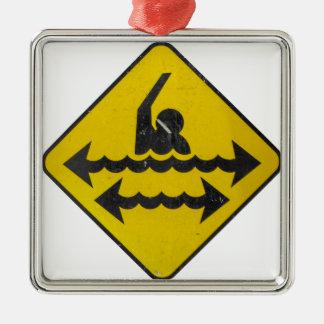 Muestra del peligro de la natación ornamentos de navidad