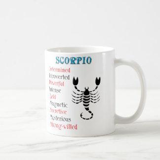 Muestra del zodiaco del horóscopo del escorpión taza clásica
