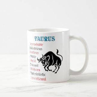Muestra del zodiaco del horóscopo del tauro taza de café