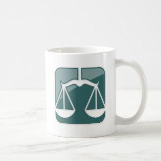 Muestra del zodiaco del libra tazas de café