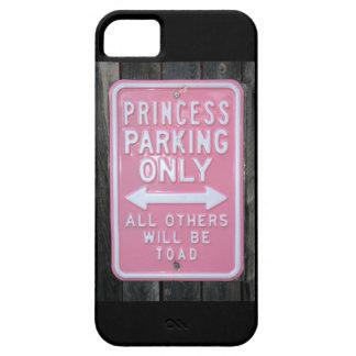 Muestra divertida de princesa Parking Only Funda Para iPhone 5 Barely There