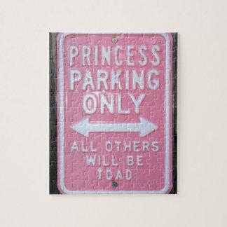 Muestra divertida de princesa Parking Only Rompecabezas