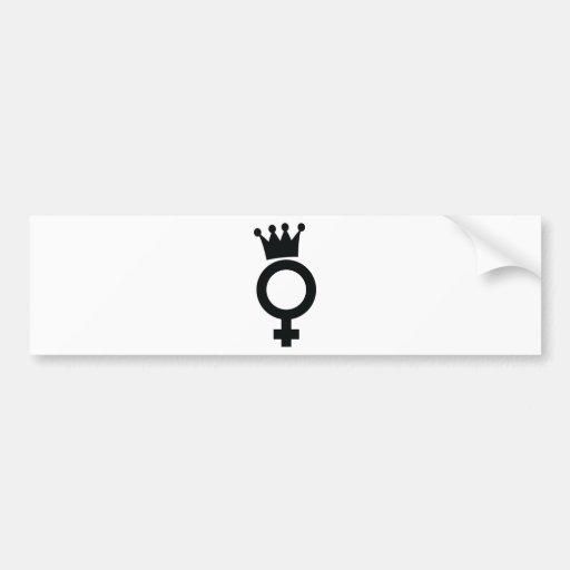 muestra femenina con el icono de la corona pegatina para auto