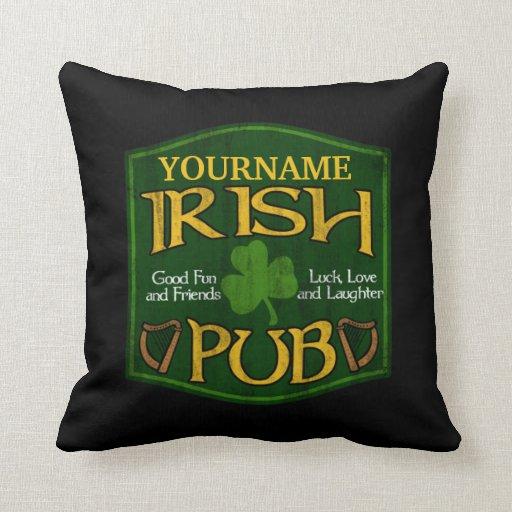 Muestra irlandesa personalizada del Pub Almohadas