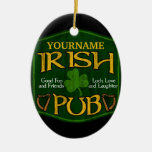 Muestra irlandesa personalizada del Pub Ornamento Para Arbol De Navidad