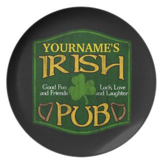 Muestra irlandesa personalizada del Pub Platos Para Fiestas
