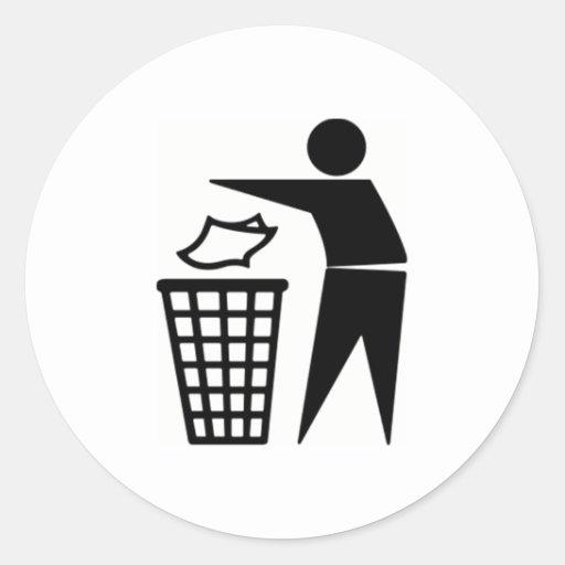 Muestra negra del bote de basura pegatina redonda