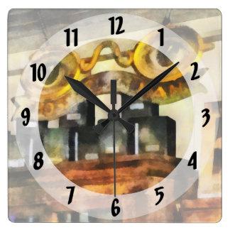 Muestra para la tienda de las gafas reloj cuadrado