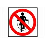 Muestra prohibida comba de la carretera postal
