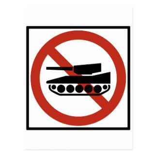 Muestra prohibida tráfico de la carretera del postal