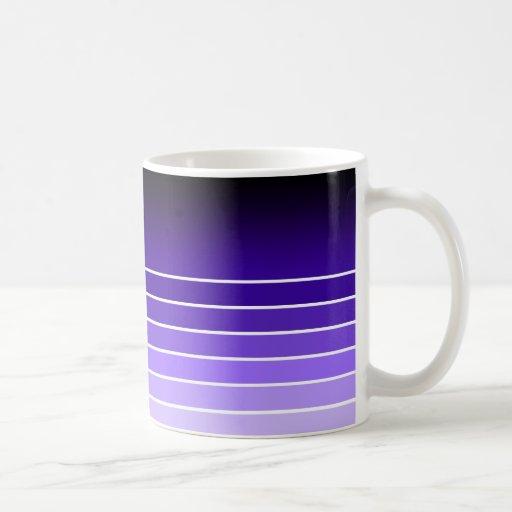 muestra púrpura taza de café
