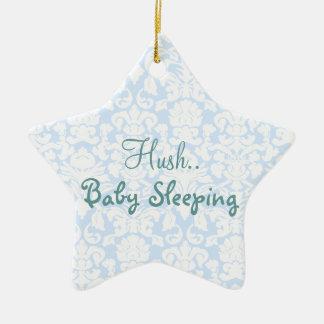 Muestra reservada azul de la puerta el dormir del adorno navideño de cerámica en forma de estrella
