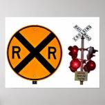 Muestra y señales de la travesía de ferrocarril posters