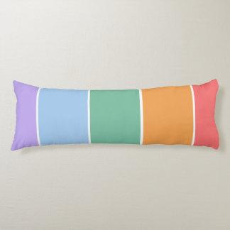 Muestras cuadradas coloridas bonitas retras del almohada