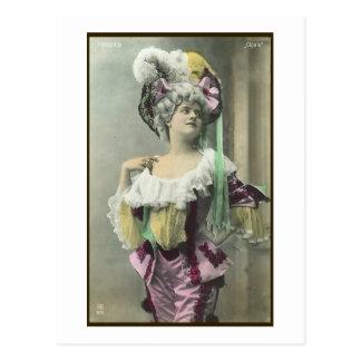 Muestre a chica el bailarín francés subido de tono postal