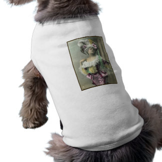 Muestre a chica el bailarín francés subido de tono ropa de perros