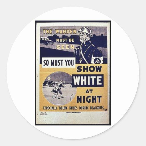 Muestre el blanco en la noche pegatina redonda