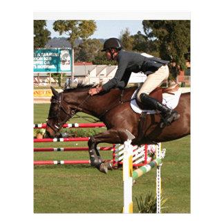 Muestre el caballo y al jinete de salto 2 membrete