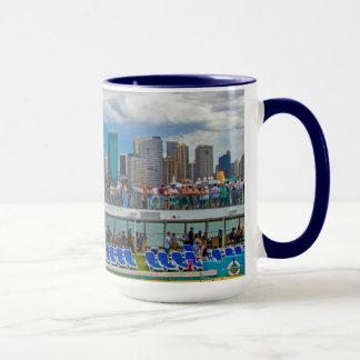 Mug | Cruise Ship party and Sydney Opera House