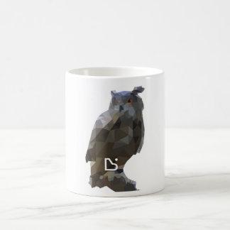Mug - deconstructed design - eurasian eagle owl