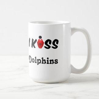 Mug I Kiss Dolphins