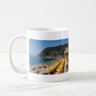 Mug: Italian flag and beach
