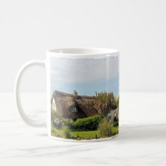 MUG - Thatched cottage Cornwall UK mug