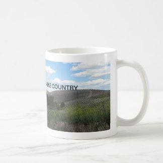 Mug: Vineyard scene