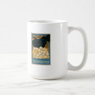 Mug: Vintage French Laying Hen Design Coffee Mug