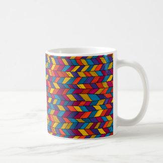 Mug with multicolor sennit pattern