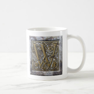 """Mug with the initial """"W"""""""